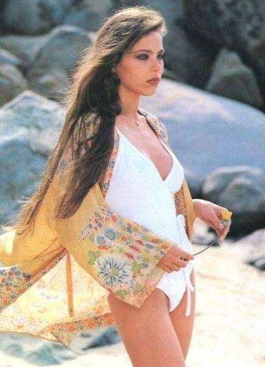 В 1970-е годы на смену болезненной худобе пришла обычная стройность. Девушки стремились быть похожими на знаменитую итальянскую актрису Орнеллу Мути