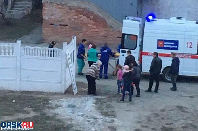 В Орске возбуждено уголовное дело из-за падения бетонной плиты на ребенка