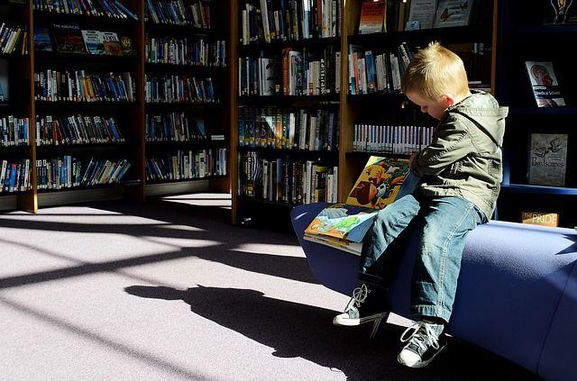 Для маленьких оренбуржцев организована уникальная акция  «Детство с книгой»