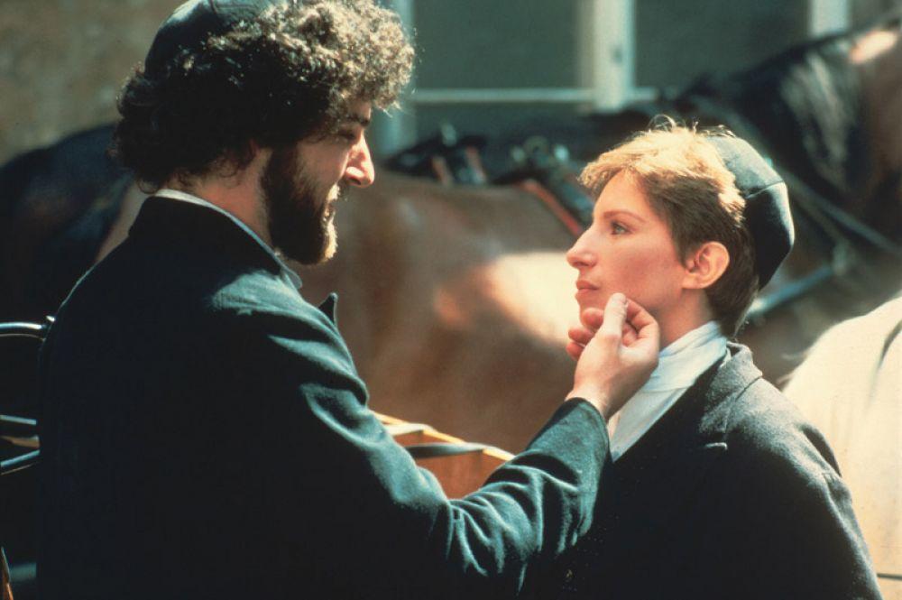 В фильме «Йентл» (1983) она выступила в качестве актрисы, продюсера, режиссёра и автора сценария. Лента получила 5 номинаций на «Оскар».