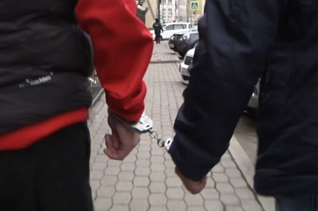 Подростка задержали на улице в Нижневартовске.