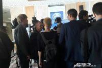 Омские и федеральные журналисты освещают форум.