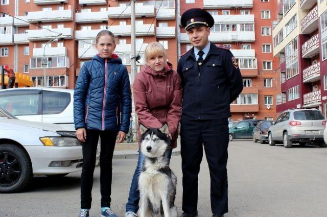 Полиция помогла найти похищенную собаку.
