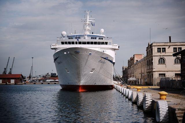 Порт Салоники продан до 2051 года