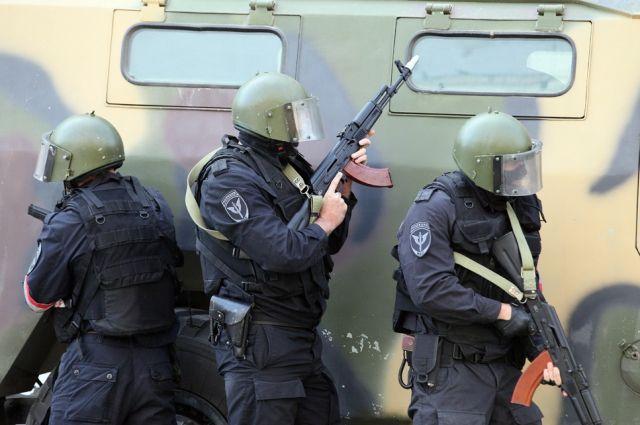 Грабители хотели спрятаться на территории тюменского ОМОНа