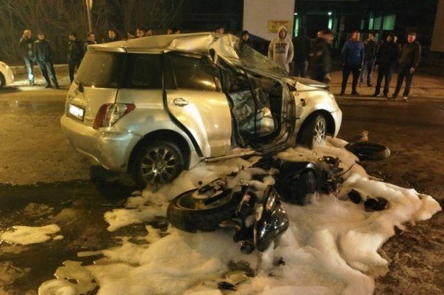 Столкновение произошло, когда «Тойота» поворачивала налево.