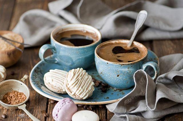 Пить 4 чашки кофе вдень невредно для здоровья— Ученые