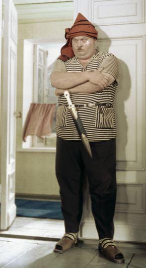 Актёр Евгений Моргунов в роли Бывалого в художественном фильме «Кавказская пленница» (1966).