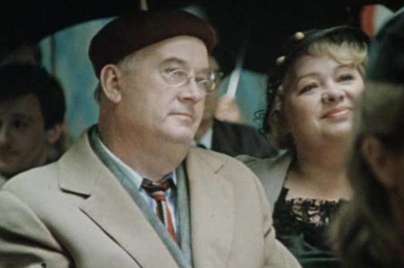 Во время съёмок «Кавказской пленницы» между Моргуновым и Гайдаем произошёл конфликт,  который осложнил дальнейшую карьеру актёра. В 1970-1980-е годы он редко снимался в кино, в основном в эпизодах, наиболее известный фильм этого периода с его участием — «Покровские ворота» (1982), где он сыграл поэта Соева.