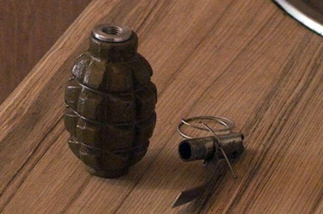 Начердаке сгоревшего двухэтжного дома вКрасноярске отыскали две гранаты