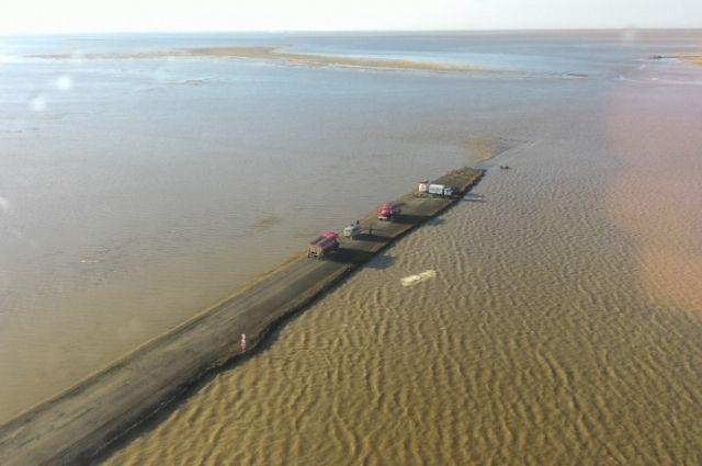 В Светлинском районе река Суундук уже вошла в русло.