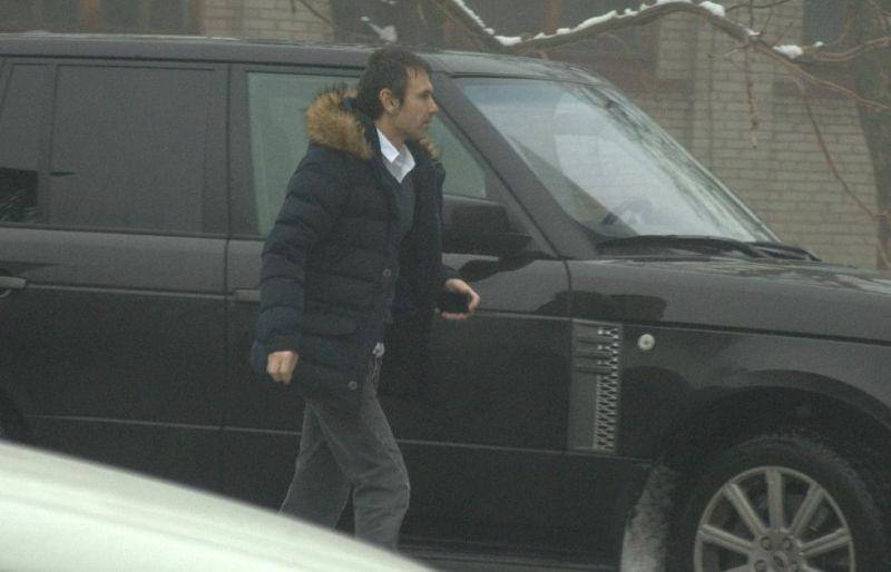 Однако Вакарчук также был замечен и на Range Rover