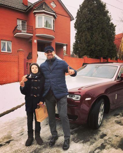 Известный телеведущий и ресторатор Николай Тищенко владелец шикарного Rolls-Royce