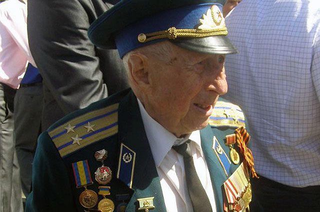 Борис Ефимович Стекляр.
