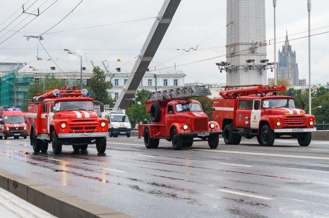В Барнауле 30 апреля пройдет парад-показ пожарной техники.