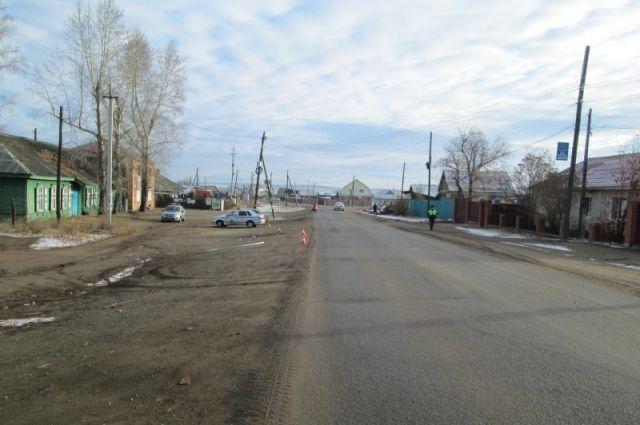 Очевидцев ДТП ищут в Хомутово.