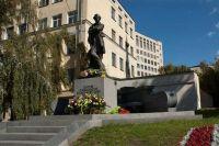Украинский институт национальной памяти приостанавливает легализацию польских памятников