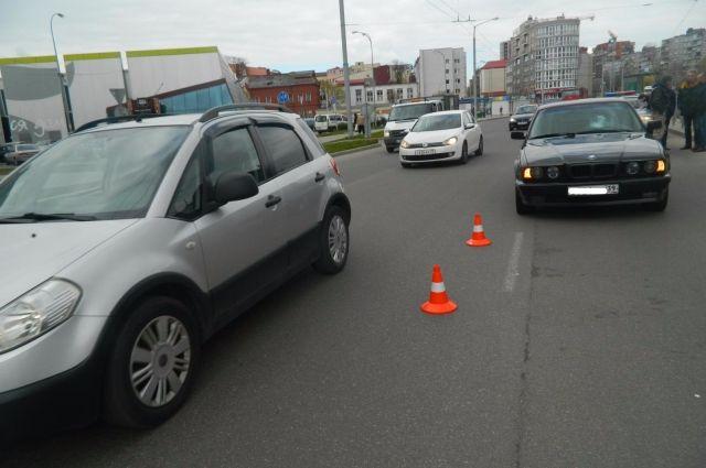Опубликована подборка дорожных аварий в Калининграде за апрель.