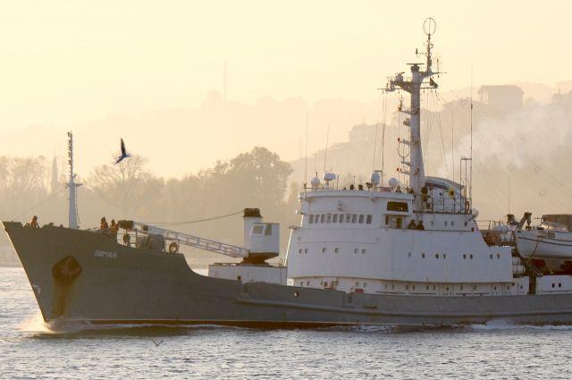 Спецоборудование с затонувшего корабля «Лиман» доставили на базу ЧФ