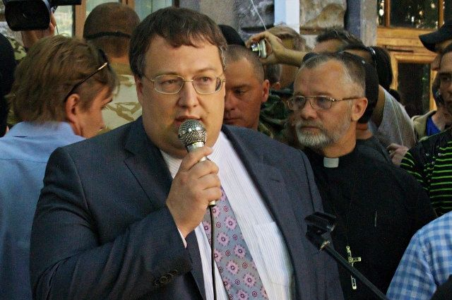 На Украине возбудили дело в отношении советника главы МВД Антона Геращенко