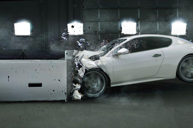 Тормозят сами. Какие автомобили признаны самыми безопасными?