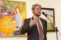 Альберт Галимов - врач в четвертом поколении и талантливый художник.