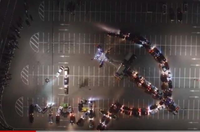 ВВоронеже наавтомобильный флешмоб вчесть 1Мая приехала военная техника