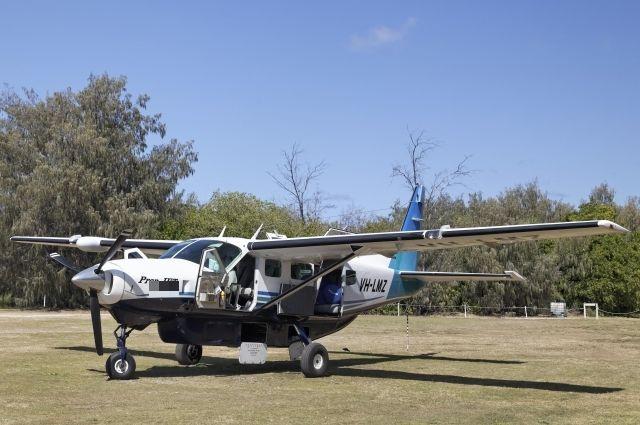 Восемь человек погибли вКолумбии в итоге крушения маленького самолета