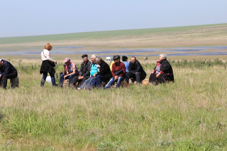 Жители региона приехали для участия в уникальный степной заповедник «Ростовский».