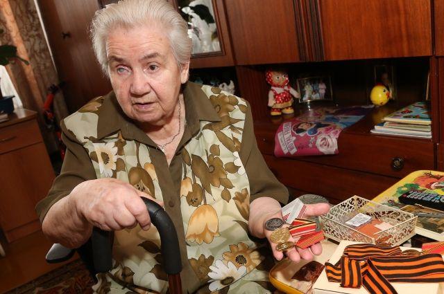 Людмила Али-Паша в свои годы сохранила оптимистичный взгляд на жизнь.