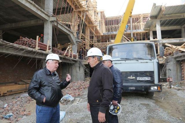 Абдусамад Гамидов проверил ход возведения музея вМахачкале