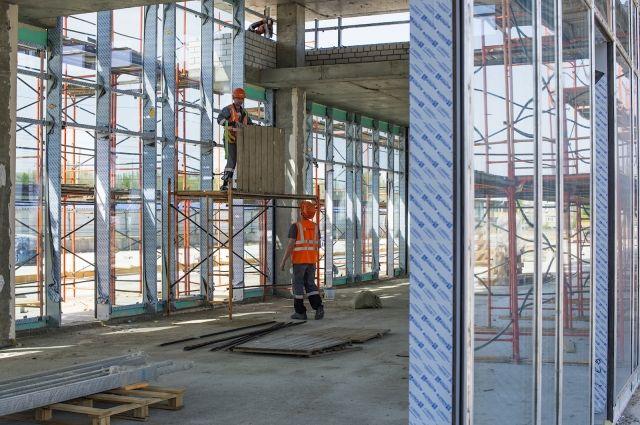 Начался монтаж 11 тыс. квадратных метров стекла настадионе «Волгоград Арена»