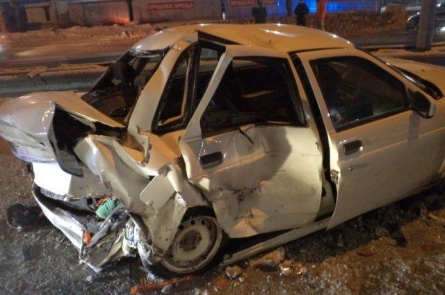 В ужасной трагедии с«КамАЗом» вАшинском районе погибла женщина