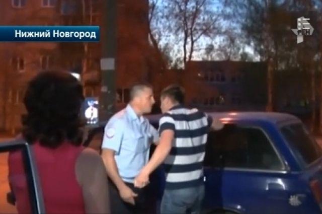 Александр Бастрыкин потребовал разобраться с унижением полицейских вДзержинске