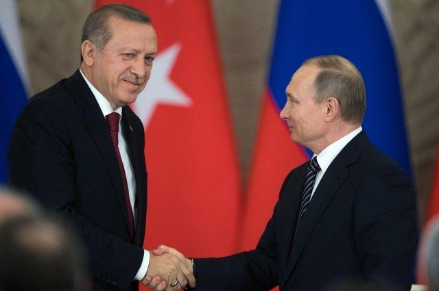 Эрдоган и«красные тряпки». Зачем кПутину прилетел президент Турции