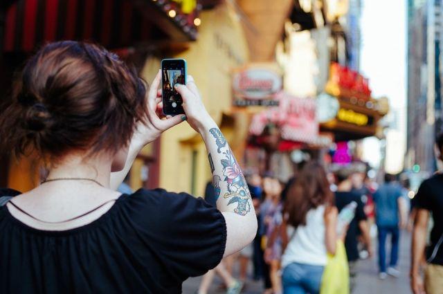 Ежедневно в соцсетях появляются миллиарды новых фотографий.