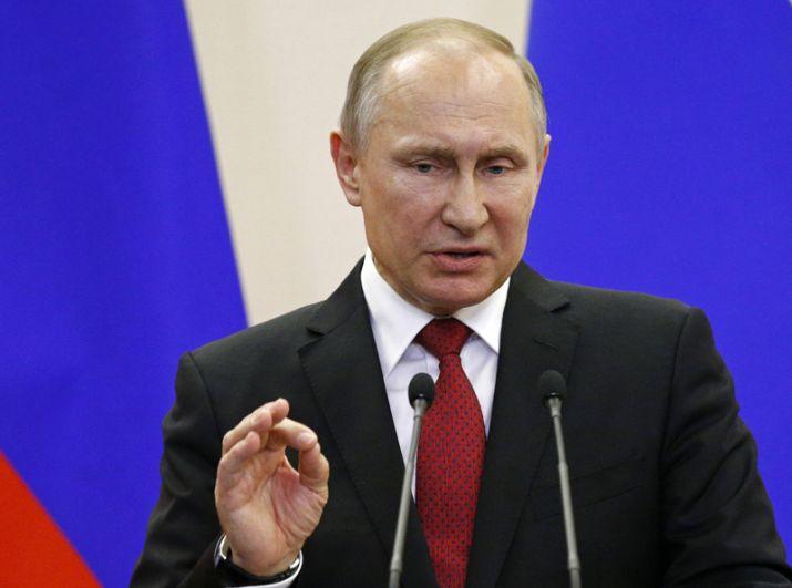 Президент РФ Владимир Путин во время пресс-конференции по итогам встречи.