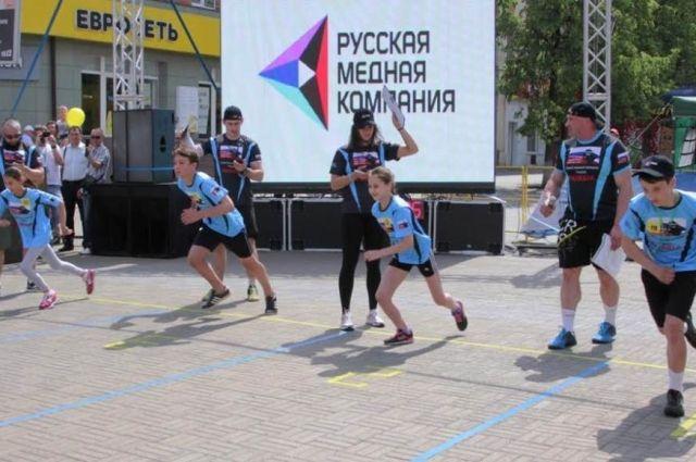 Всё начиналось чуть больше года назад с соревнований в школах Челябинска. За короткое время «Самый сильный школьник» превратился  в массовое спортивное мероприятие для нескольких территорий Челябинской области.