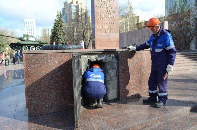 Газовики провели профилактические работы на мемориалах