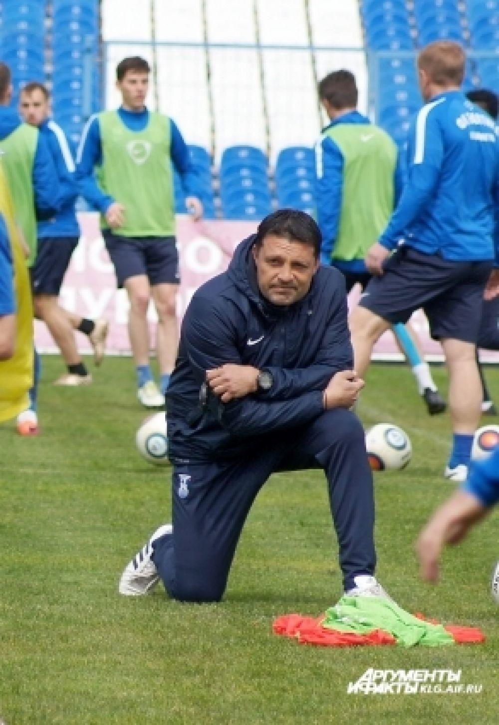 Тренер футбольной «Балтики» Игорь Черевченко.