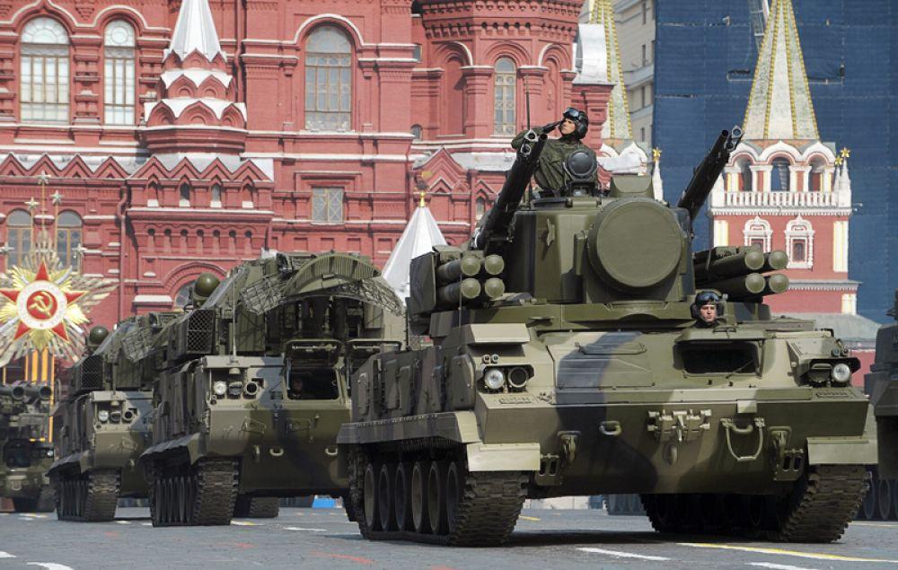 9 мая 2008 года. С этого года в параде вновь участвует военная техника. Во время военного парада в честь 63-й годовщины Победы в Великой Отечественной войне на Красной площади в Москве.