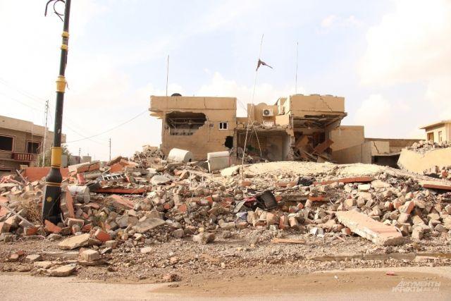 При обстреле школы вМосуле погибли неменее 80 человек