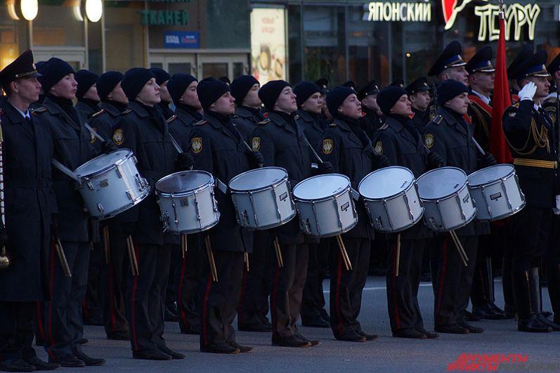 В этом году на парад в Перми снова приедут курсанты кремлёвского полка. На этот раз – знамённая группа.