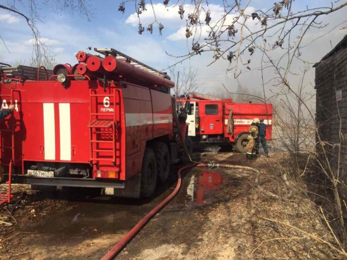 Пожар на фабрике игрушек в Краснокамске.
