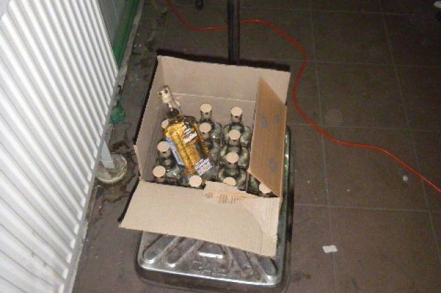 Тонну водки из Литвы задержали сотрудники калининградской таможни.