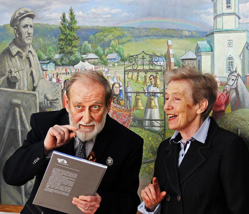 Ааместитель директора художественного музея по научной работе Луиза Баюра отметила вклад мастера в музейную коллекцию