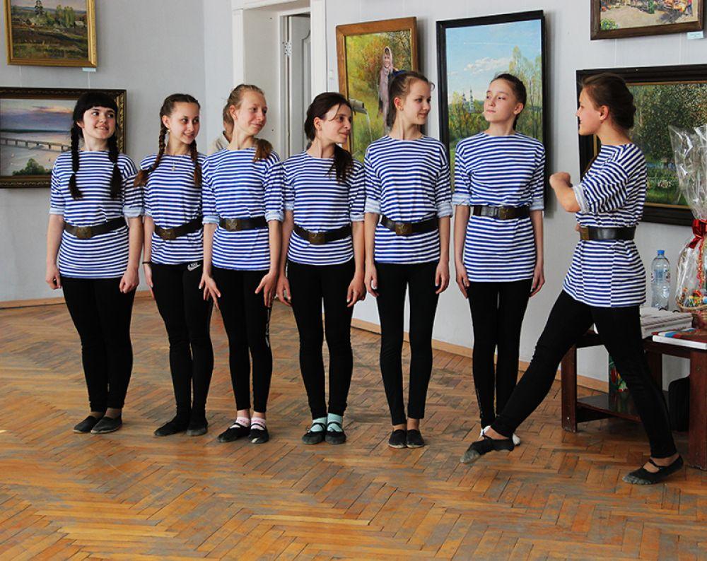 Танец в честь юбиляра