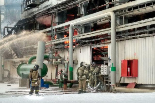 Пожару на нефтеперерабатывающем заводе присвоили четвёртый номер сложности.