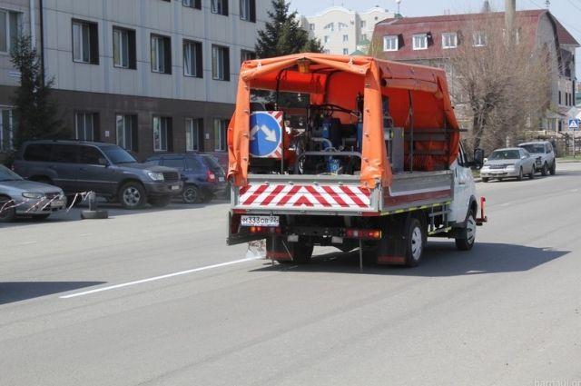 В Барнауле применяют два типа дорожной разметки.