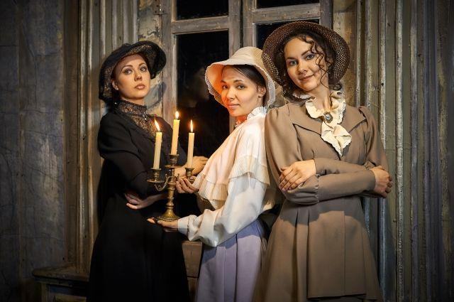 Сцена из нового спектакля «Три сестры».